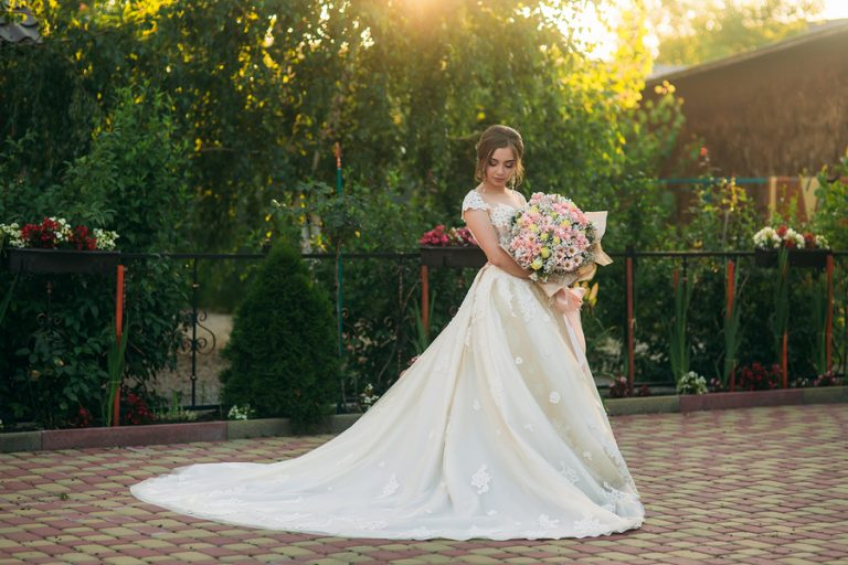Top Five Summer Wedding Color Themes in 2020